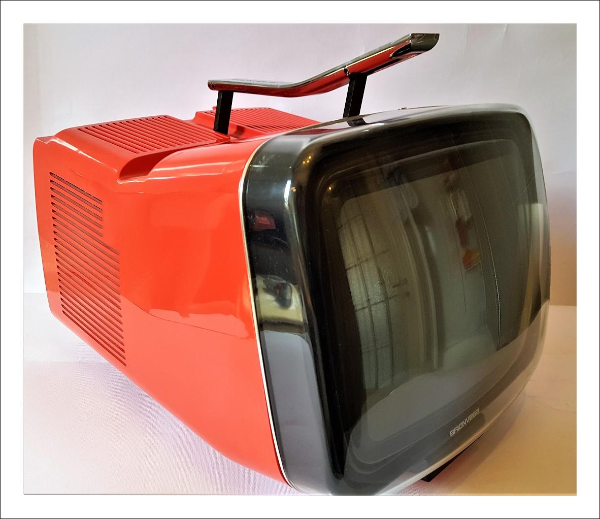 Televisore brionvega algol 11' rosso