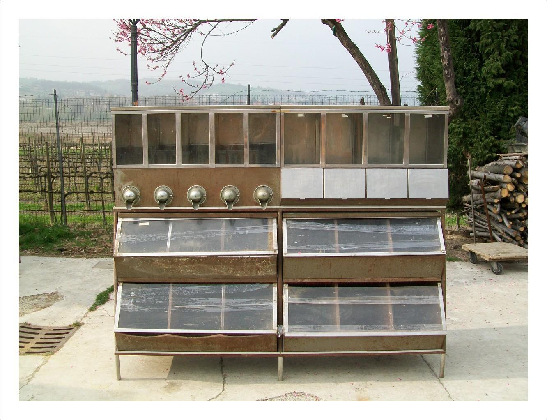 Mobile da negozio ,mensa convento x cibi a scomparti  200x164hx60p