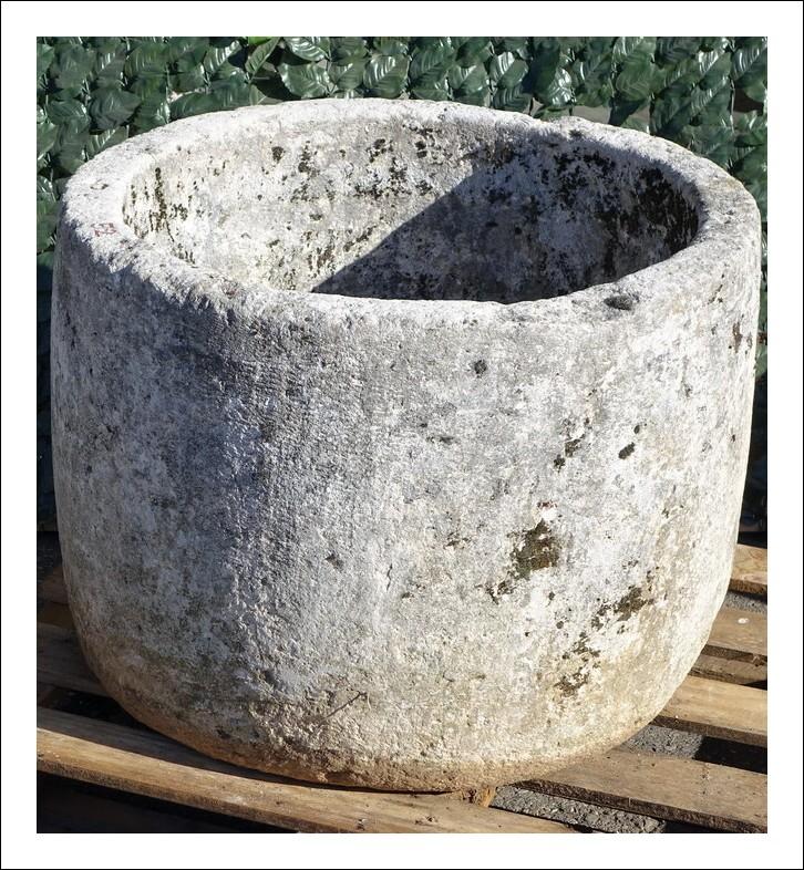 Vaso in marmo di Botticino pozzo giardino epoca 700  0950124