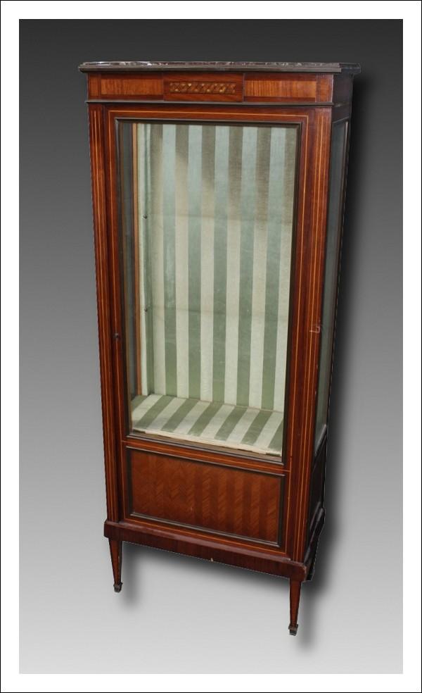 vetrina antica