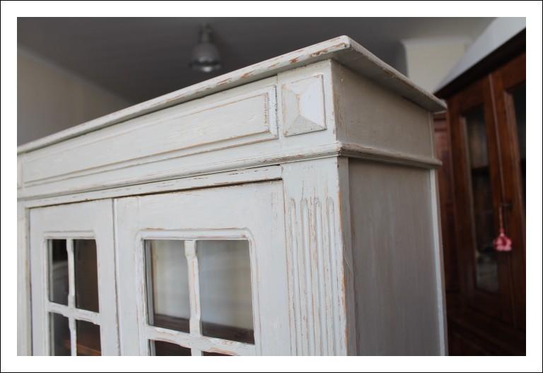 Vetrina Libreria larga cm 86 Shabby  provenzale color cemento , industriale credenza epoca 1920. Re