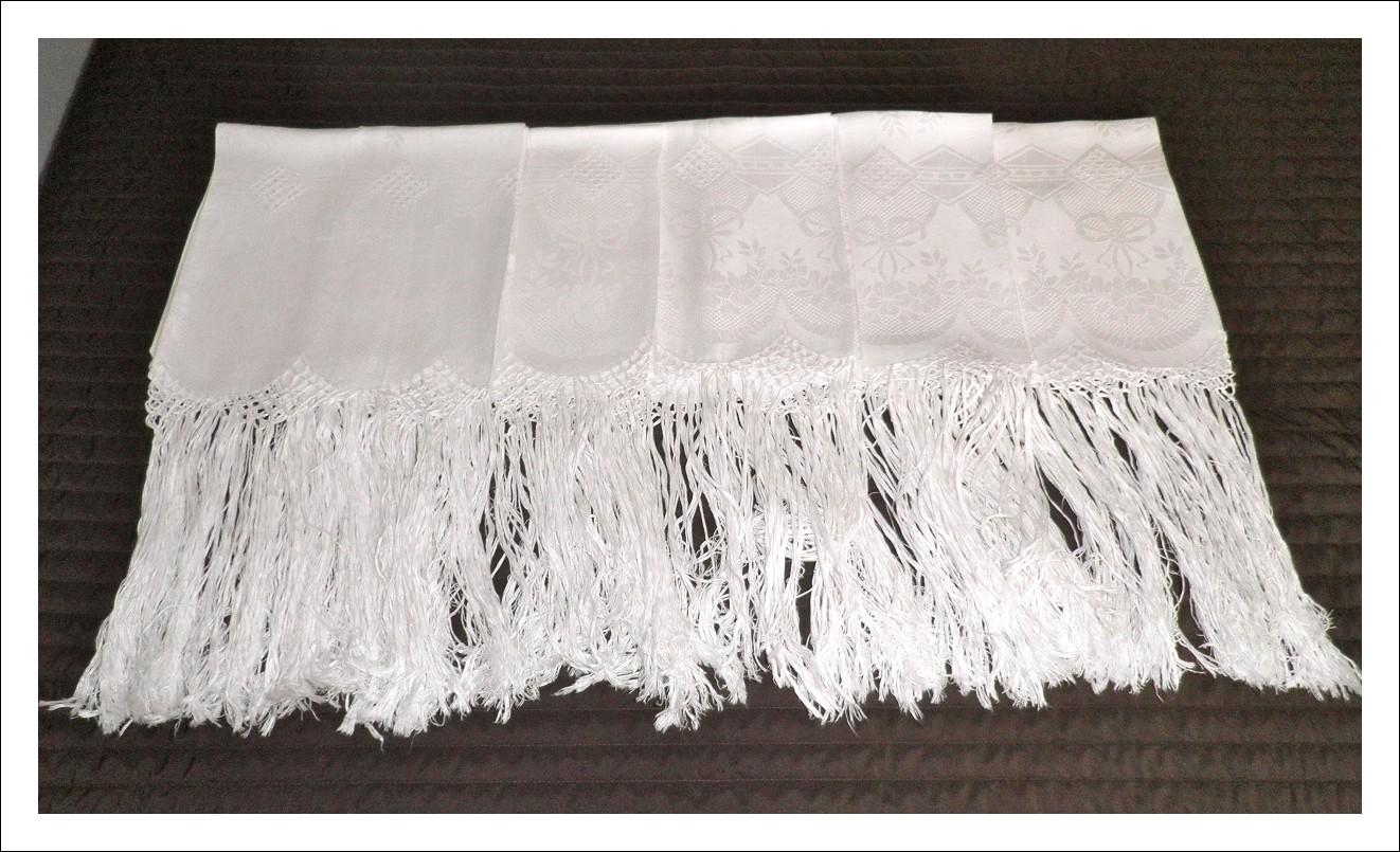 Set asciugamani in lino di Fiandra.