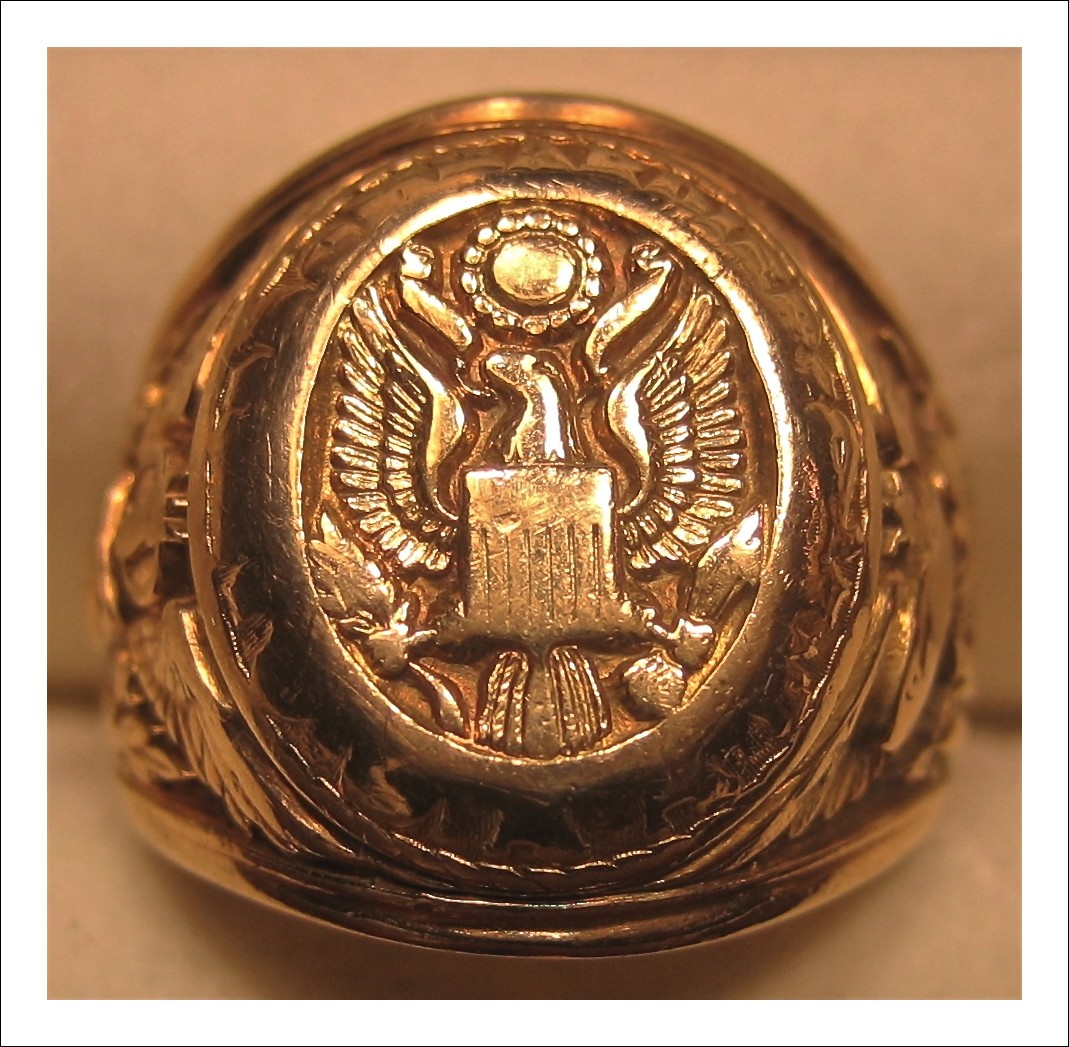 Extremely Rare WWII USAAF Bomber Pilot Grade Ring in 10K Gold, by Josten