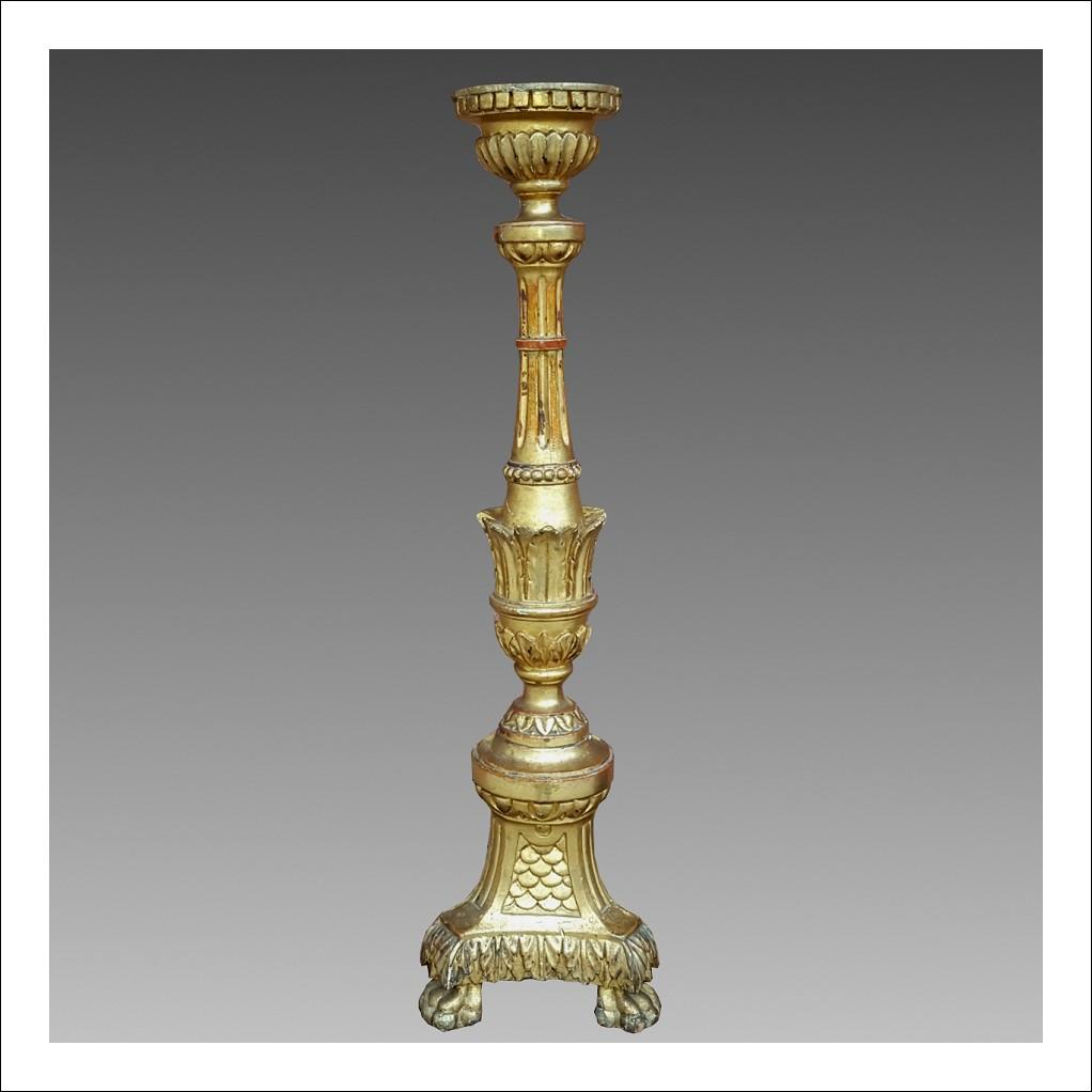 Antico Candeliere Portacero Luigi XVI - in legno dorato - Italia (Liguria) epoca 700