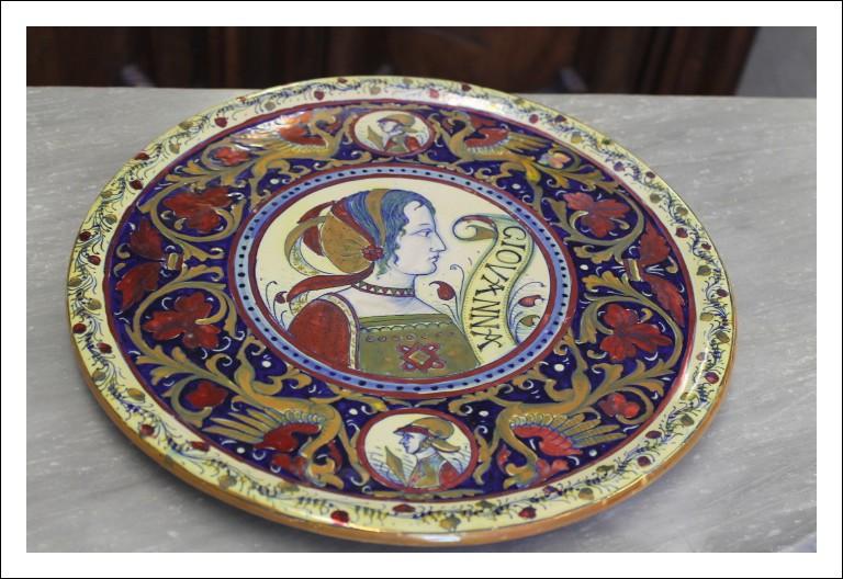 Grande Piatto in maiolica Lustro tagliere Santarelli Gualdo Tadino primi 900. Antico Antiquariato Pa