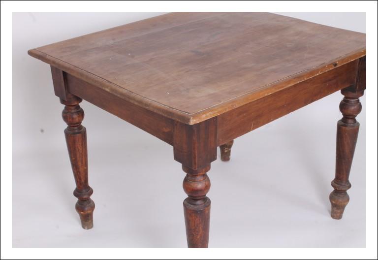 Antico Tavolo Umbro in noce e castagno epoca 800 !tavolino Luigi Filippo antiquariato scrittoio
