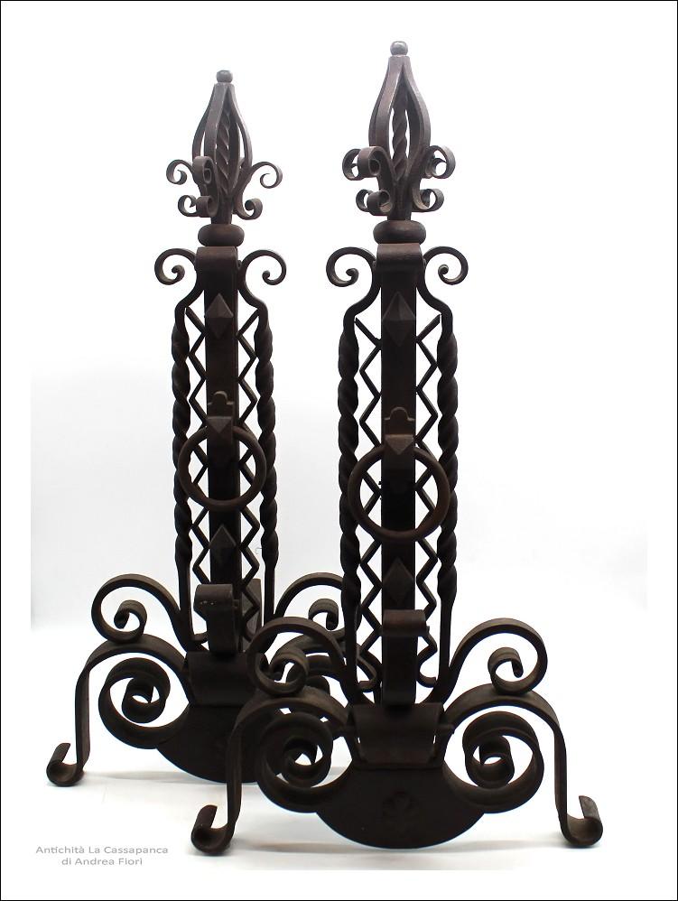 Antica coppia di Alari da camino in ferro battuto - epoca 800