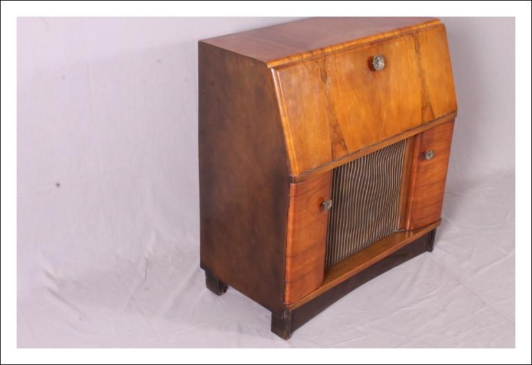 Mobile  Radio periodo art decò 1940 inglese. Fidelity radio London Antico vintage Modernariato