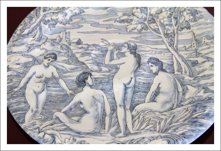 Antico piatto maiolica Molaroni 1910 , Pesaro antiquariato ceramica scena classica firmato !