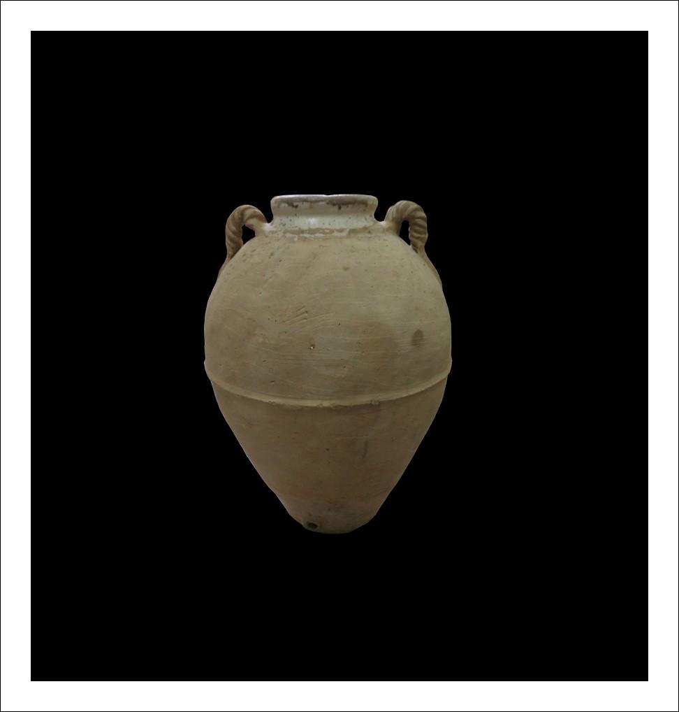 Orcio antico in terracotta .Italia XIX secolo.