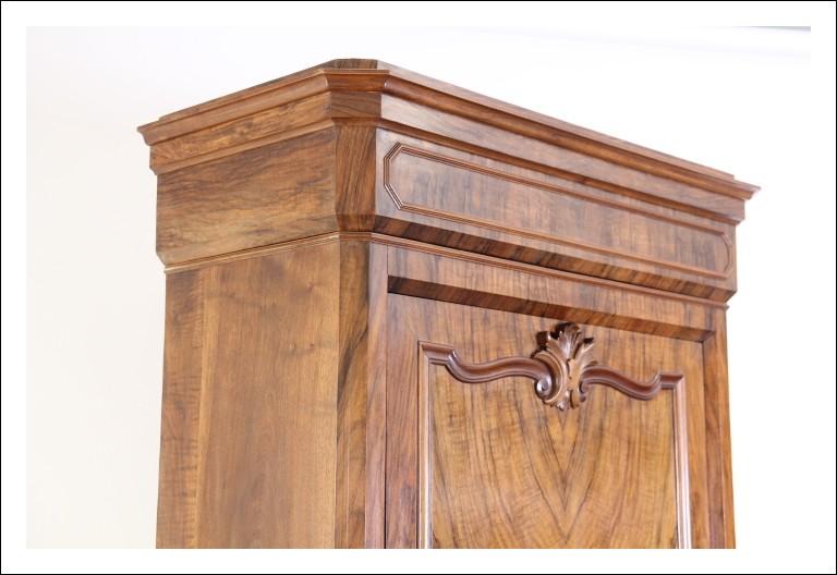 Antico Armadio guardaroba stipo 1 anta luigi Filippo 1880 noce . Antiquariato restaurato dispensa !
