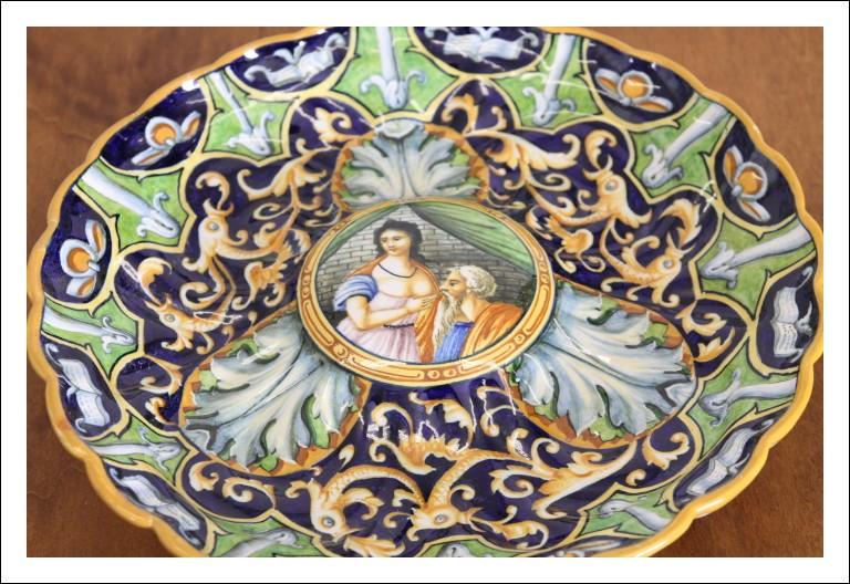 Credenza scantonata 1830, toscana in noce toscana. Madia dispensa servante. Mesa Antico Antiquariat