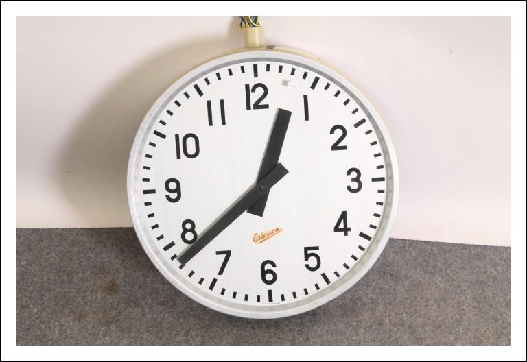 Orologio bifacciale da stazione Ericsson anni 60 Vintage . Modernariato .