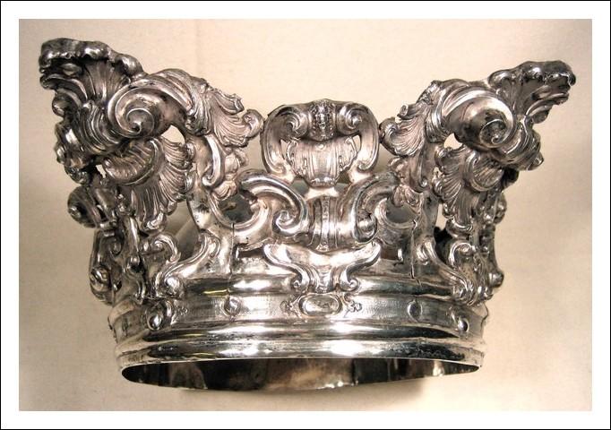 "Corona  1650-1715 -  in argento sbalzato ""barocco romano†"
