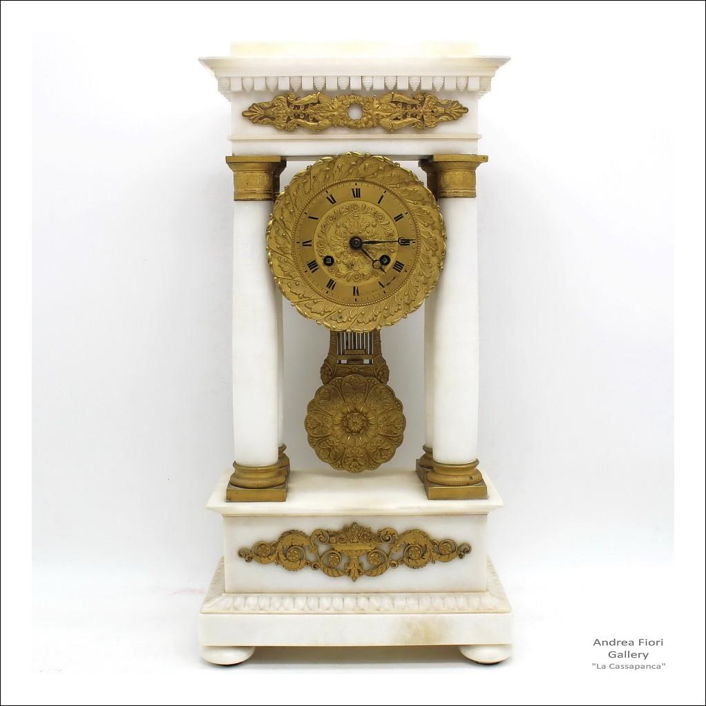 Antico Orologio a Pendolo Portico Impero in bronzo dorato e marmo (H.50) - epoca XIX secolo