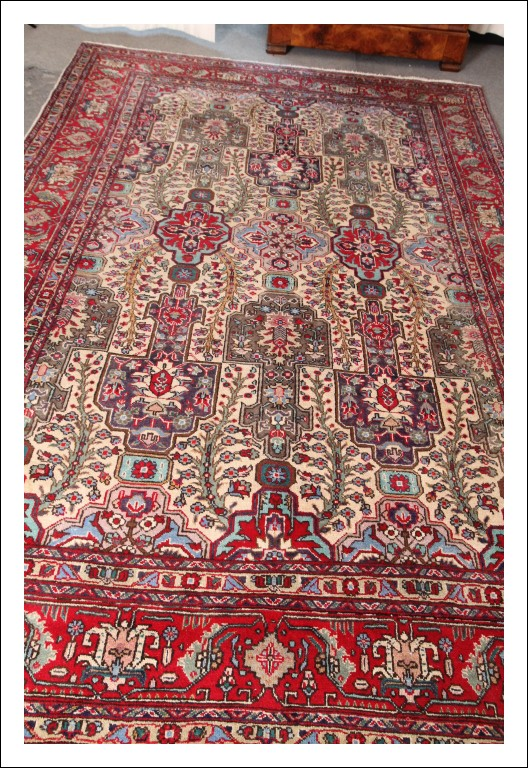 """Tappeto Persiano manifattura """"Tabriz"""" grande qualità !!! cm 314 x cm 200 Fondo bianco con floreali e"""