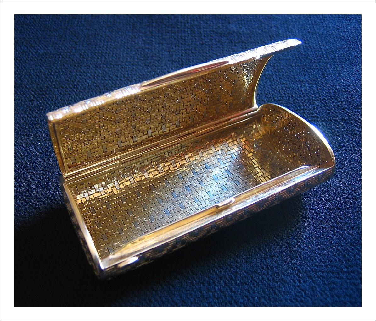 Porta sigarette in oro 18 Kt - bicolore-