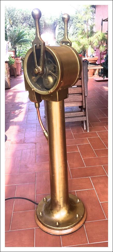 Telegrafo di Plancia in ottone pesante 35 Kg - Altezza 121 cm